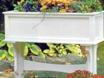 Как сделать в саду цветочную подставку своими руками