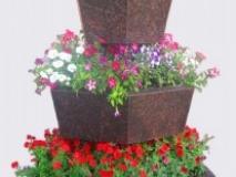 Украшением для дачи и сада станет цветочная вертикаль