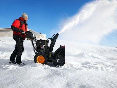 Выбираем снегоуборочную машину