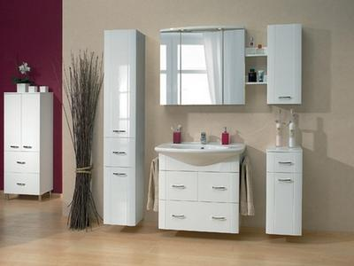 Выбираем шкафы, полки и тумбочки в ванную